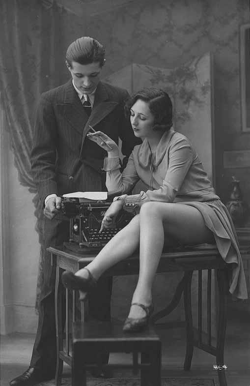 underwood5_secr_boss_legs_1920s