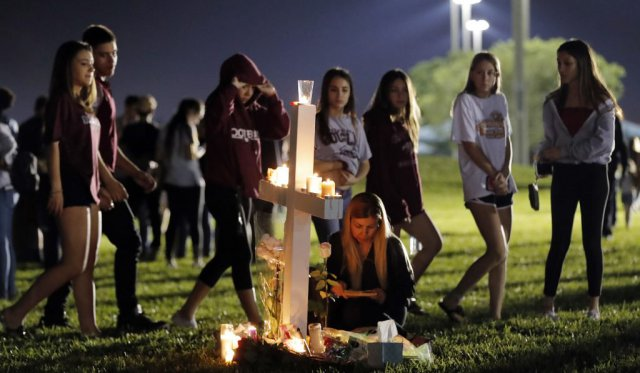 ap-parkland-school-shooting-vigil