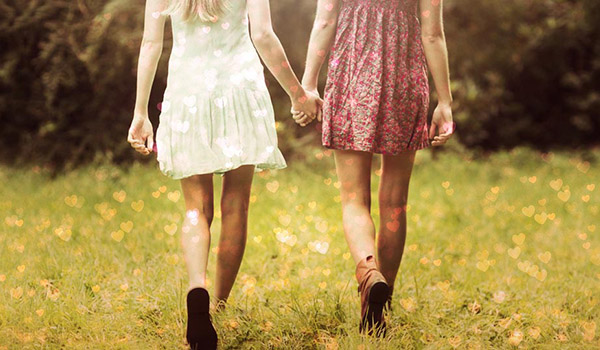 girls-holding-hands