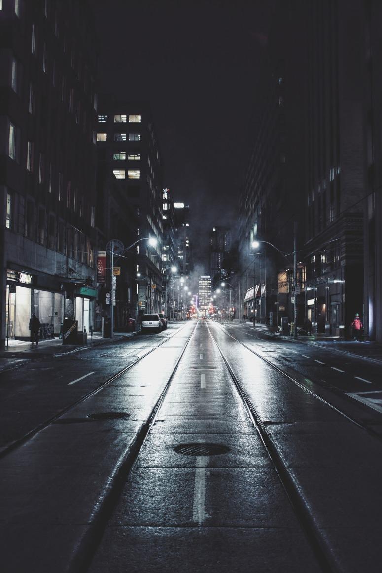 night-1209938_1920